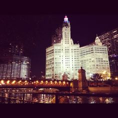 Chicago on a beautiful end-of-summer evening is always inspiring to us. Repin if you love the Chicago skyline at night too. www.architecture.org #architecture #Chicago #buildings #design