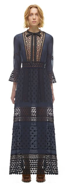 Spring Lace Long Sleeved Pleated Dress