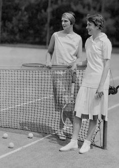 Thanks to celebrity tennis players like Lenglen, tennis and its attire became popular in the 1920s—here, in 1929, a polo shirt, pleated tennis skirts, and tennis shoes hit the courts at Oyster Bay; the outfit still looks 20s with the complementing turban.