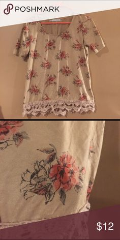 Super soft Maurice's tee! This is a velvety soft shirt from Maurice's that has super cute flower prints on it! Gently worn but still in perfect condition! 🌸 Maurices Tops