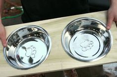 I wanted to get a stand for the cat's food and water bowls since Lucy likes to run around the house like she's in a horse race and knocks over the bowls. So... This might be a great project to try! :D