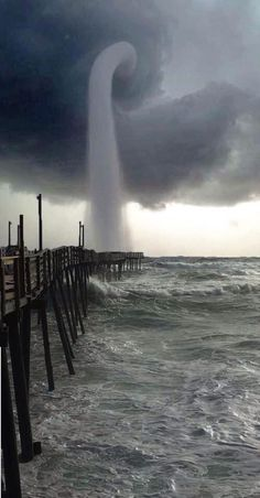 Amazing Water Spout