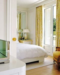 Decorating With Color: Yellow -