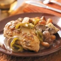 Top 10 Chicken Dinner Recipes from Taste of Home, including Chicken and Red Potatoes Recipe