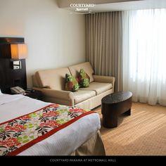 Las conexiones largas deben ser para descansar.  Nuestro hotel se encuentra a pocos minutos del Aeropuerto Internacional de Tocumen.   Reservaciones: panama.reservas@r-hr.com.  Teléfono: +507 304-9595