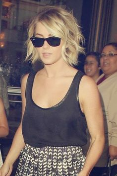 Jennifer Aniston Hairstyle Straight Hairs wavy-bob-1408343570g