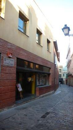 Centre Cultural Sant Vicenç de Sarrià, Barcelona http://www.centredesarria.entitatsbcn.net/
