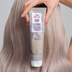 Wella Color Fresh, Hair Knot Tutorial, Pearl Blonde, Hair Color Techniques, Blonde Color, Hair Makeup, Long Hair Styles, Pearls, Beauty
