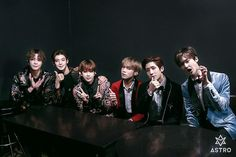 ASTRO [아스트로] | Group Photo!