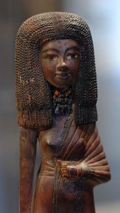 """"""" Wooden Statuette of Egyptian Queen Tiye with a necklace of carnelian and gold from Fayum ( 4.1.2.10 ) Metropolitan Museum of Art, New York."""""""