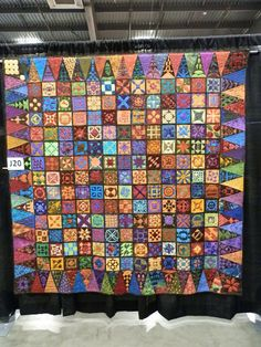 Floating on a Quilted Cloud: Vermont Quilt Festival - The Dear Jane Exhibit!