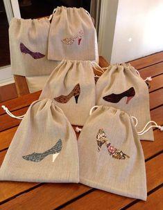 """Bosses """"sabates dona"""" - Best Sewing Tips Diy Sac, String Bag, Jute Bags, Linen Bag, Fabric Bags, Cotton Bag, Cloth Bags, Handmade Bags, Sewing Hacks"""