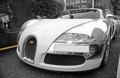#Bugatti Veyron#