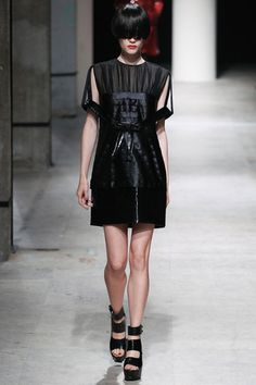 Undercover Spring 2014 Ready-to-Wear Collection Slideshow on Style.com