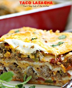 Taco Lasagna - Can't Stay Out of the Kitchen Gourmet Recipes, Mexican Food Recipes, Cooking Recipes, Yummy Recipes, Mexican Meals, Dinner Recipes, Homemade Guacamole, Homemade Tacos, Taco Lasagna