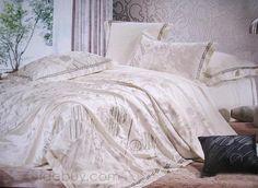 Luxurious White Jacquard 4 Piece Comfortable Silk Duvet Cover Bedding set
