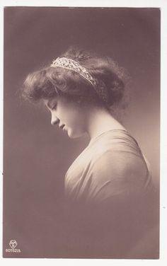 Pretty Edwardian Lady with Hair Ornament Vintage 1910s Photo Postcard |