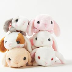 These adorable little rabbits have obviously had a little too much lettuce today and it's made them oh so sleepy! Look at them just floppily collapsing into a sleepy heap - isn't that too cute? These Sleepy Pote Usa Loppy come in six equally charming varieties: Shiroppi (white rabbit with a pink bow), Ruby-chan (white albino rabbit with a red bow),  Chappy (beige rabbit with a turquoise bow), Panp...
