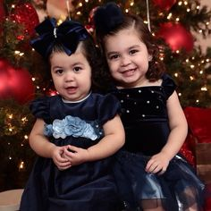 There's no happy like HOLIDAY HAPPY!!! #colibribebe #weloveclients #christmas #portraits #holiday #LoveTheSeason #girlsfashion #dresses