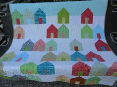 Key West houses lapquilt by Lovedquilts on Etsy, $80.00