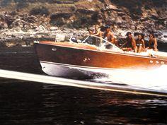 Carlo Riva l'Ingegnere del mare ... — checkeredsphere:   1960 Riva Tritone…