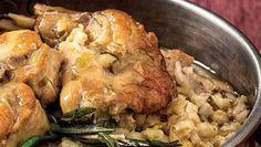 NOVA RECEITA Uma alternativa à carne de todos os dias e à forma habitual de a cozinhar... Este coelho estufado proporciona-lhe uma refeição leve. #Coelho_Estufado_com_Cevada_e_Salva #receitas #carne #coelho #cevada