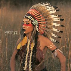 Get inspired by this stunning pic and find out how you wanna dress up on Halloween. Big thanks again @ahsheuqe_pix  Indian Headdress in stock and available in our online shop