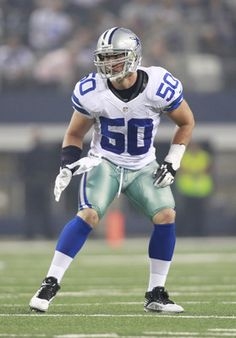 One Thing They Should Celebrate: Sean Lee is Playing Great Football