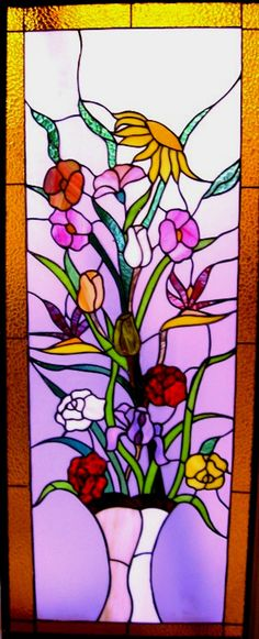 stained glass flowers in vase Stained Glass Flowers, Stained Glass Designs, Stained Glass Panels, Stained Glass Projects, Stained Glass Patterns, Leaded Glass, Stained Glass Art, Tiffany Stained Glass, Tiffany Glass