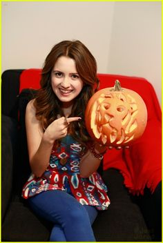 Laura Marano - Austin and Ally! | AUSTIN & ALLEY ...