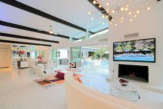 House rental in Palm Springs... bachelorette party?! @Nicole Novembrino Chasin @Stephanie Close Rae