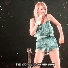 Taylor Swift (Shake It Off) - 1989 World Tour Japan