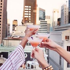 Cheers to your Thursday. Stay thirsty friends xoxo #thirstythursday #cheers #repost #clinkclink #toocute #girls #getit