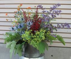 "The finished ""color wheel"" bouquet – clipped just steps away from our event. Flower Crafts, Design Projects, Flower Arrangements, Floral Design, Bouquet, Challenges, Flowers, Plants, Color"