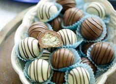 Sugar Rush, How To Make Cookies, Mini Cupcakes, Eid, Fudge, Love Food, Sweet Tooth, Spicy, Sweets