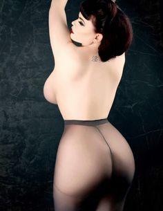Miss Jupiter Naked 77