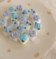 pretty sugar cubes