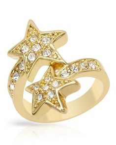 Stunning ring from Wildfox. Jewelry Rings, Jewelery, Jewelry Accessories, Fine Jewelry, Stylish Rings, Star Ring, Ring Designs, Smothered Chicken, Fashion Jewelry