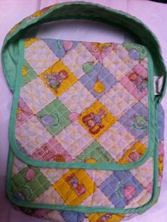 I totally had this Cabbage Patch Kids Diaper Bag and now my daughter plays with it!!!