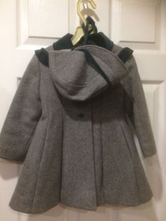 Vintage Rothschild Wool Coat with Hat Size 4 T Gray Green Velvet Trim Vintage Wear, Vintage Outfits, Vintage Clothing, Green Velvet, Hat Sizes, Wool Coat, Green And Grey, Overalls, Hats