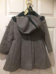 Vintage Rothschild Wool Coat with Hat Size 4 T Gray Green Velvet Trim Vintage Wear, Vintage Outfits, Vintage Clothing, Childrens Coats, Green Velvet, Hat Sizes, Wool Coat, Green And Grey, Overalls