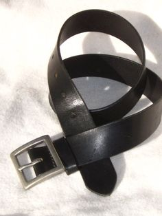 Hey, I found this really awesome Etsy listing at https://www.etsy.com/listing/176580132/mens-black-saddle-leather-80s-belt-36