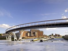 Multi-award winning 130m long pedestrian bridge creating new public spaces as first phase in Castleford Bay waterfront regeneration Masterplan. Design and construction process featured in Channel 4 TV documentary. VIDEO – extracts from Channel 4 documentary