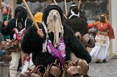Φλας μπακ στις Βασίλισσες του Πατρινού Καρναβαλιού από τότε που ήταν γυμνόστηθες μέχρι σήμερα– Δείτε φωτό Wreaths, Halloween, Concert, Style, Fashion, Swag, Moda, Door Wreaths, Fashion Styles
