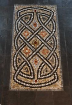 Celtic Mosaic by Maggy Howarth - Cobblestone Designs