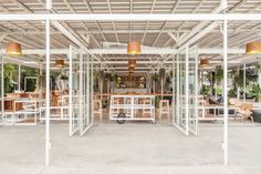 the first of its kind in thailand, coro field is located in amphoe suan phueng. the word 'coro' in japanese means 'time', suitably reflecting the aim to immerse visitors in farming and greenery. Ecology Design, Integrity, Interior Architecture, Greenery, Thailand, Gallery, Food Retail, Food Service, Japanese Style