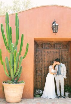 Colorful California wedding | Photo by Jennifer Emerling | Read more - http://www.100layercake.com/blog/?p=85537