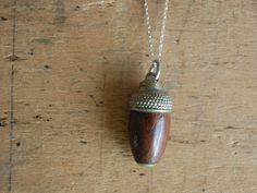 Victorian acorn pendant | via jeanjeanvintage