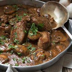 Mushroom Marsala Pork Tenderloin - quick and easy dinner, starting with easy pork tenderloin. Ready in less than 30 minutes! #seasonsandsuppers #pork #recipe #porktenderloin #marsala #quick #mushrooms Leftover Pork Tenderloin, Pork Tenderloin Medallions, Pork Tenderloin Recipes, Pork Chop Recipes, Sausage Recipes, Cooking Recipes, Pork Loin, Pork Tenderloins, Pork Roast