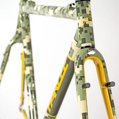 """thismachinekillscobbles: "" Parlee Custom CX thanks milochky "" that digi camo is siiick "" Bicycle Paint Job, Bicycle Painting, Mtb, Bike Hanger, Garage Bike, Push Bikes, Urban Bike, Bicycle Design, Bicycle Art"